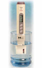 TDS-4 Pocket-Size Meter with Digital Thermometer
